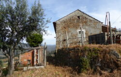 Detached 4 bedroom stone house for sale near Sertã central Portugal