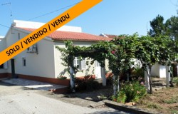 A two bedroom detached house with 9,724 sqm of land for sale near Martinchel, Central Portugal