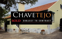 UNDER OFFER // 1950´s Style Gentlemans Farmhouse for Sale near Tomar Central Portugal