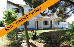 A farmhouse with some modern touches and with rental possibility for sale near Tomar, Central Portugal.