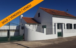 Restored 3 Bed House with Swimming pool land, and garage for sale near Abrantes, central Portugal