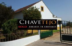 UNDER OFFER// A four bedroom family home with great views for sale near Ferreira do Zêzere, Central Portugal.