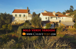 An estate measuring around one hectare with two cottages and an ancient olive mill for sale near Tomar, Central Portugal.