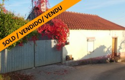 A reconstruction project that has already been started for sale near Constância, central Portugal
