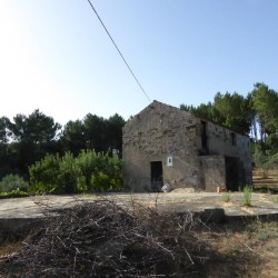 A wonderful plot of land with an old stone house set in a private location on the outskirts of a little hamlet near Cernache do Bonjardim and Sertã. at Sertã, 6100, Portugal for 39500