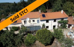 SOLD STC // Detached 3 bed house, 3 Annexes to renovate, south facing balcony with mountain views for sale near Alvaiazere