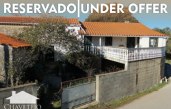 Traditional countryside detached house with Balcony with views, flat land and well suitable for renovation for sale near Ansião