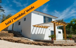 A stylish and contemporary house with top of the market finishings and lake views for sale near Tomar, central Portugal