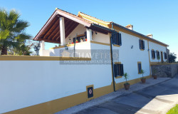 Unique 4 Bed Restored Farmhouse with 2 Bed Guest Cottage 1,500sqm Garden for sale near Tomar, central Portugal