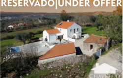 UNDER OFFER // 4 Bed Country home, pool, garage, workshop, annex, private drive, fruit trees, stunning views close to Ansião