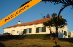 A nicely kept 7 bed family home with swimming pool for sale near Ferreira do Zêzere, central Portugal
