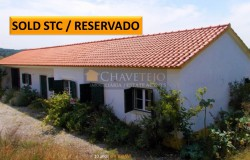 A well-built bungalow in a lovely and picturesque location for sale near Tomar