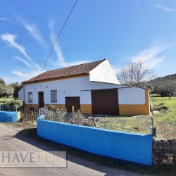 A sweet country property in need of some work for sale near Ferreira do Zêzere and Tomar at Ferreira do Zêzere for 65000