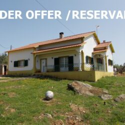 A 3 bedroom bungalow with a good size plot for sale near Ferreira do Zêzere and Tomar at Ferreira do Zêzere for 140000
