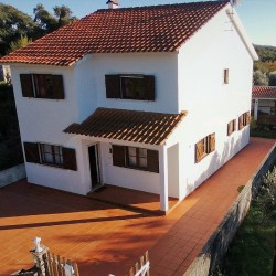 Spacious 3 Bed Detached Country Home with outside BBQ alfresco area at Alvaiazere for 120000