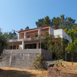 A 2 bedroom country property in a peaceful location for sale near Tomar at Tomar for 149000
