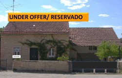 Restored stone cottage for sale near Tomar central Portugal