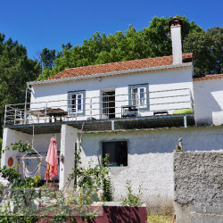 A 3 bed, country property with great views for sale near Tomar, central Portugal at Tomar for 85000