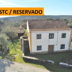 A country property with a barn and 23,640sqm of land for sale near Tomar and Ferreira do Zêzere at Ferreira do Zêzere for 50000