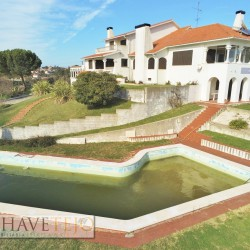A one of a kind, prestige property with great business potential for sale in Tomar, central Portugal at Tomar for 390000