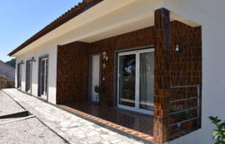 4+1 Bedroom House With Garage, Large Barn And Land, Pousaflores, Ansião