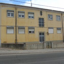 A great investment opportunity for anyone looking to enter the rental market in Tomar at Tomar for 120000