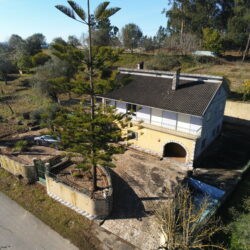 A unique property with two houses on the plot, bursting with potential, with excellent views and land for sale near Tomar and Ourem at Ourém for 145000