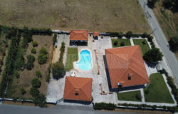 Wonderful property with swimming pool and garage, for sale, near Tomar