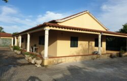 Fantastic three bedroom property with garage for sale near Tomar, Central Portugal