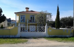 Five bed villa located on the outskirts of Cernache do Bonjardim, Central Portugal