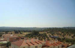 A nicely renovated T3 apartment with storage for sale in Tomar