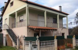 Detached 5 bed house for sale near Ourém central Portugal