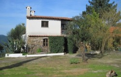 2 bedroom farmhouse  for sale near Ferreira do Zêzere central Portugal