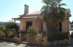 Nicely finished family house for sale near Tomar