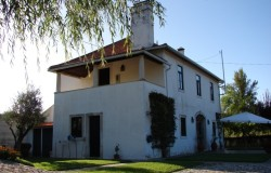 Traditional detached house for sale close to Tomar central Portugal
