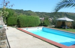 4 Bed House with Swimming pool and 10,000 sqm land for sale near Figueiró dos Vinhos, central Portugal