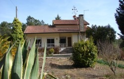 7 bed farm house for sale near Ferreira do Zezere Central Portugal
