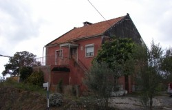 6 Bed Detached House with 9,520sqm land for sale near Tomar, central Portugal