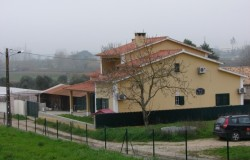 Detached villa with pool and annex for sale near Tomar central Portugal