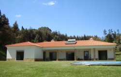 4 bed villa with swimming pool  for sale in Ferreira do Zêzere, central Portugal.