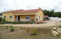 4 bedroom villa for sale near Tomar, central Portugal