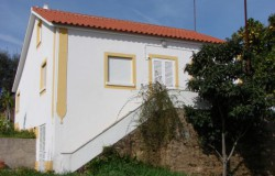 A detached, four bed nicely restored stone house for sale near Castelo do Bode Lake, Tomar, Central Portugal