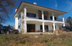 UNDER OFFER // Spacious Two Bedroom house with land and views for sale near Ferreira do Zêzere, Central Portugal