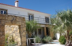 Restored stone house for sale near Tomar