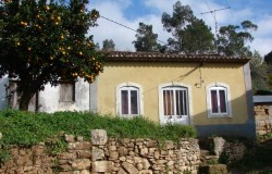 2 bedroom cottage for sale near Ferreira do Zêzere, Central Portugal