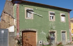 5 bedroom village house for sale near Tomar, Central Portugal