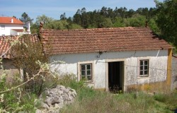 Stone cottage for sale in Ansião central Portugal