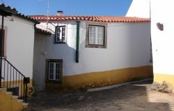 3 bed village cottage for sale near Tomar central Portugal