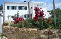 PRICE REDUCTION 3 bed village house with guest annex for sale near Vila de Rei, Central Portugal
