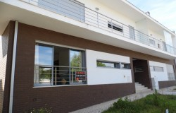3 bedroom apartment with garage for sale in Alvaiazere, central Portugal